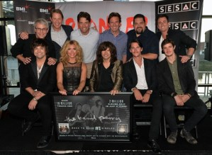 Band Perry celebrate fourth No. 1 song