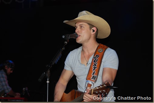 Swon Brothers and Dustin Lynch 187