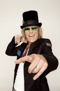 Big Kenny heads to New York City in support of CMA Awards