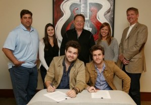 Sony Music Nashville Signs The Swon Brothers to the Arista Nashville Roster