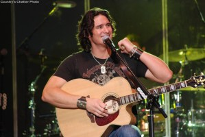 Joe Nichols earns fifth No. 1 single with Sunny and 75