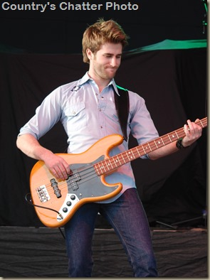 Swon Brothers and Dustin Lynch 073
