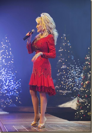 DollyParton_Lifetime_performance_KW_1227