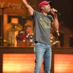 Country stars join Darius Rucker for sold-out concert to benefit St. Jude Chikldren's Research Hospital