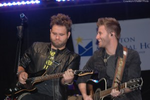 The Swon Brothers Return to Today to Perform on 10/13, One Day Before the Release of Their Self-Titled Album