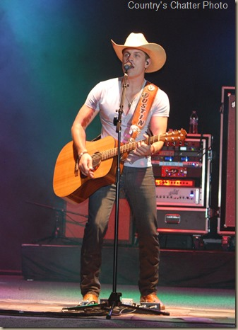 Swon Brothers and Dustin Lynch 152