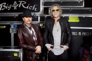Big & Rich perk high school prom pair with priceless Texas-sized tickets to 50th ACM Awards