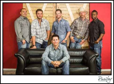 Casey Donahew Band 42415