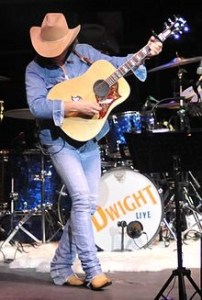 Contest: Win a copy of new album from Dwight Yoakam