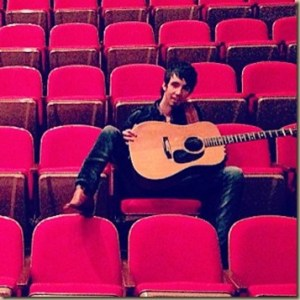 Mo Pitney has a great video for his single, Country