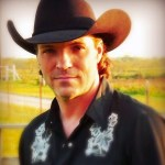 Country singer Daron Norwood found dead in Texas apartment