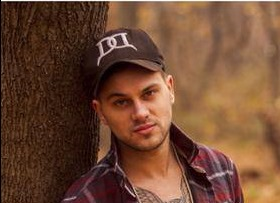 Meet Ty March–singing his way from Carlisle, Pennsylvania to Nashville, Tennessee