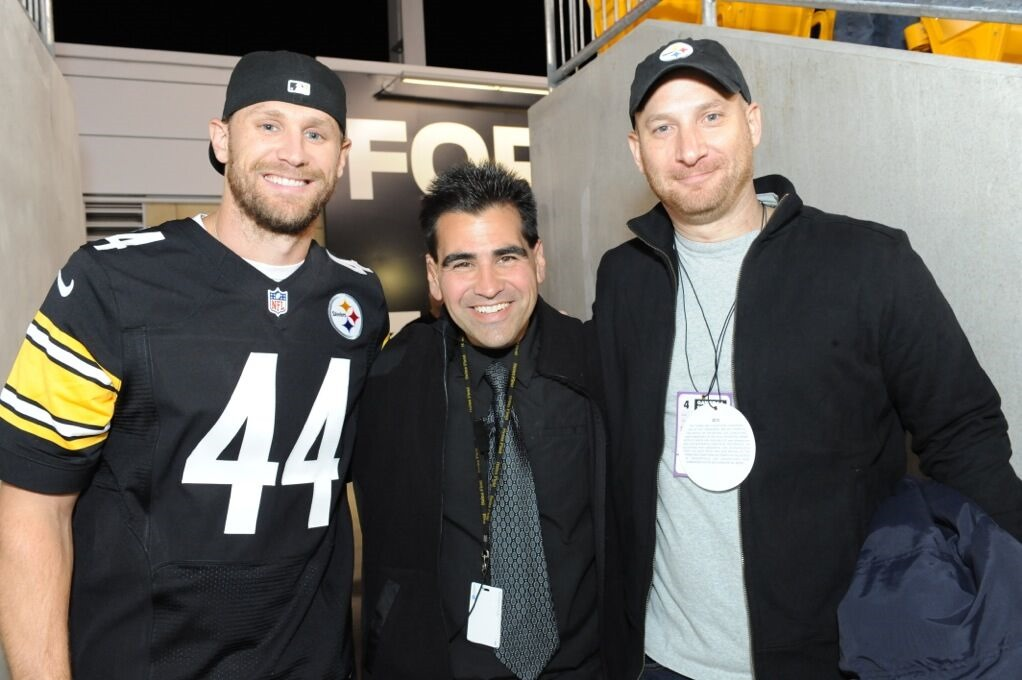 Chase Rice Surprises Fans At Steelers Vs Ravens Game