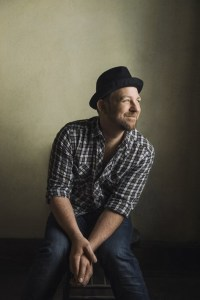 Kristian Bush to appear on Great American Country Playlist on Monday, Oct. 5, 2015