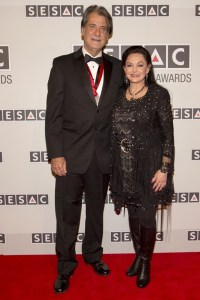 Crystal Gayle honors songwriter Richard Leigh during SESAC Nashville Music Awards