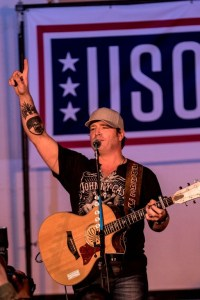 Jerrod Niemann wraps first-ever National Guard USO Tour