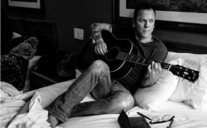 "Kiefer Sutherland shares making of ""Down in A Hole"", adds dates to tour"