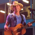 Kenny Chesney to perform at Bristol Motor Speedway