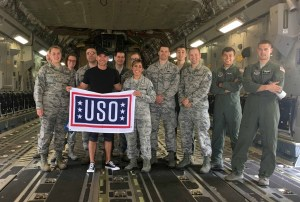 Craig Campbell Wraps Up First-Ever USO Tour at Joint Base Lewis-McChord