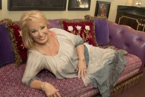 Tanya Tucker hospitalized after suffering Upper Respiratory Infection
