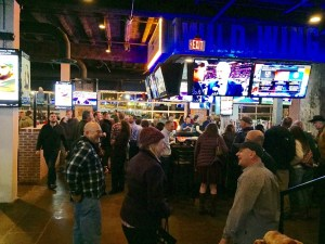 Mike Snodgrass brings his music to VIP event at new Wild Wing Cafe