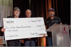 St. Jude Children's Research Hospital® Honors Country Music Artist Darius Rucker with Randy Owen Angels Among Us Award