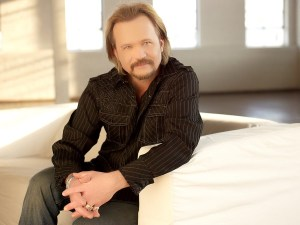 "Travis Tritt Catches ""Falcons Fever"" as the Atlanta Falcons Advance to Super Bowl LI"