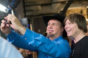 One more reason why fans love Garth Brooks
