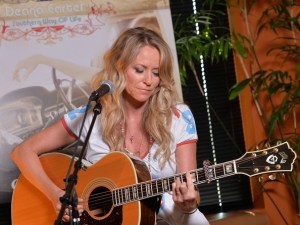 "Deana Carter to celebrate 20th anniversary of ""Did I Shave My Legs For This"" with special vinyl release"