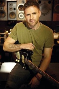 """Mercury Nashville's Canaan Smith brings new single, """"Like You That Way"""" to country radio"""