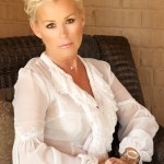 Lorrie Morgan Celebrates 25 Year Anniversary of 'Watch Me'