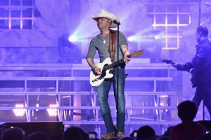 "AT&T and AUDIENCE® Network Present: ""Justin Moore: Live From Phoenix""; Concert Special Airs Friday, June 23 at 9:00 p.m. ET/PT On DIRECTV and U-vers"