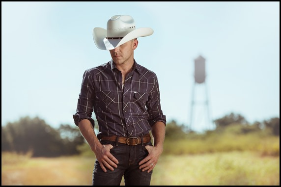 Justin Moore 21017