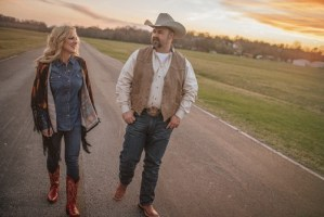 Rhonda Vincent and Daryle Singletary Release Duet Album 'American Grandstand' Available Now