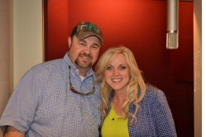 Rhonda Vincent and Daryle Singletary Debut at No. 1 on Billboard Bluegrass Albums Chart