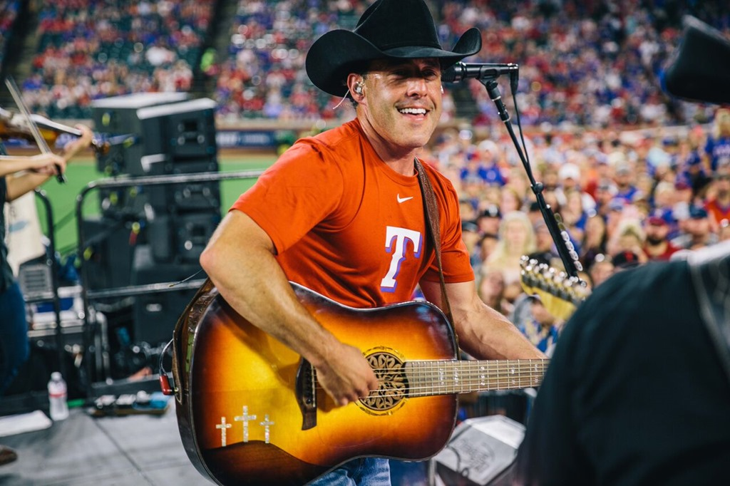Aaron Watson Hits It Out Of The Park With The Texas