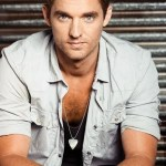 "Brett Young sings ""Hallelujah""–get ready for amazing"