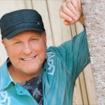 Collin Raye Honors Glen Campbell With 2013 Album 'Still On The Line: The Songs Of Glen Campbell'