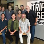 Scotty McCreery Signs with Triple Tigers Records/ Sony Music Entertainment