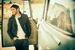 Canaan Smith announces Long Way From the Freeway Tour