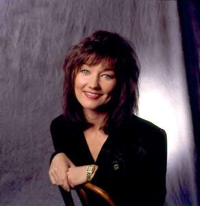 "Lari White, singer who gave us ""Now I Know"", dead at age 52"