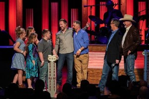 Craig Morgan and Operation FINALLY HOME surprise disabled veteran with a new mortgage-free, custom-built home