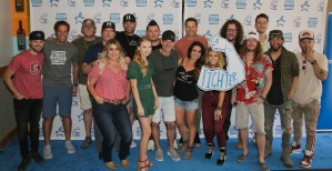 Craig Campbell scores with day of star-studded tailgate fun at 6th annual Celebrity Cornhole Challenge