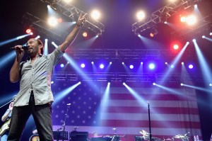 Lee Greenwood to celebrate July 4th with hometown performance at San Diego County Fair