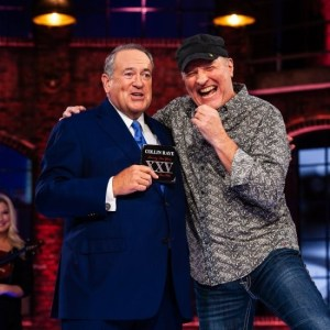Collin Raye performs on this weekend's edition of HUCKABEE