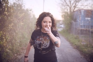 "Ashley McBryde's GIRL GOING NOWHERE Boasts Critical Acclaim; Appearing on ""CBS This Morning Saturday"" 12/29"