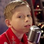 """Mason Ramsey dreams of a """"White Christmas"""" in new video"""