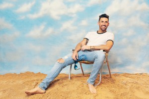Multi-platinum artist Jake Owen brings country radio home with new single