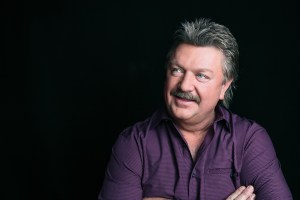 Joe Diffie tests positive for coronavirus (COVID-19), issues statement
