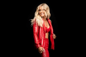 Lindsay Ell helps raise more than $165,000 for Tennyson Center for Children